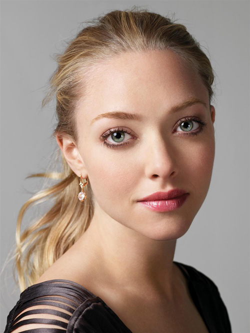Amanda Seyfried by Stewart Shining